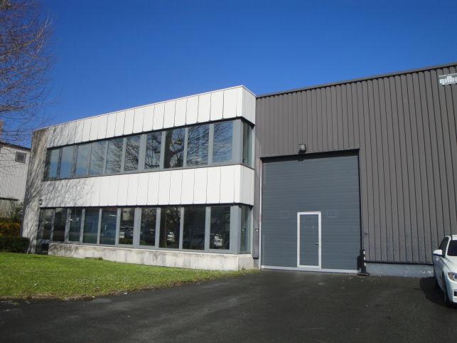 Bâtiment industriel à louer à Zaventem - Nossgem