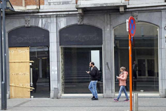 Magasins à louer au Bondgenotenlaan à Louvain