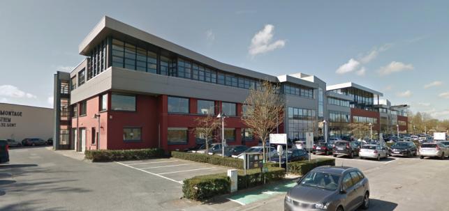 Zeer goed bereikbaar kantoren te huur in Gent naast de E40.