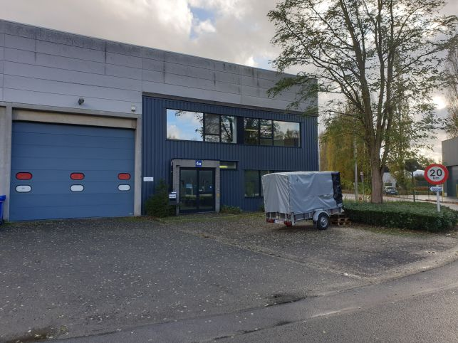Warehouse & offices to rent - E19 Kontich Antwerp