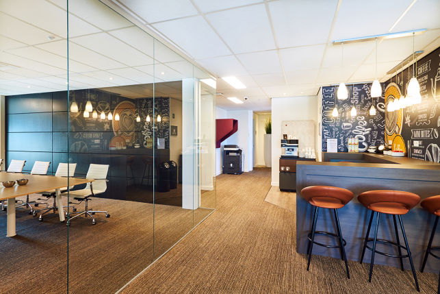 Furnished office space for rent in Hasselt business center