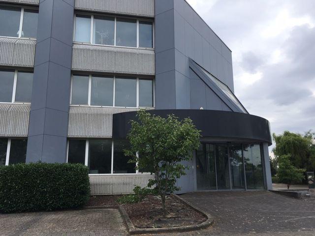 Kantoorgebouw te koop & te huur in Zaventem
