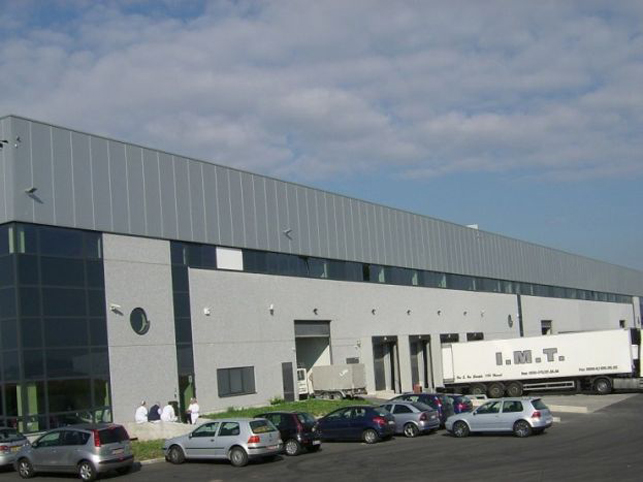 Nivelles, Brussels-South | Distribution warehouse to let